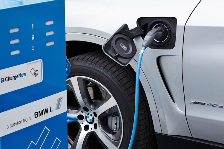 1 750x500 carga bmw m electricos edrive 2030