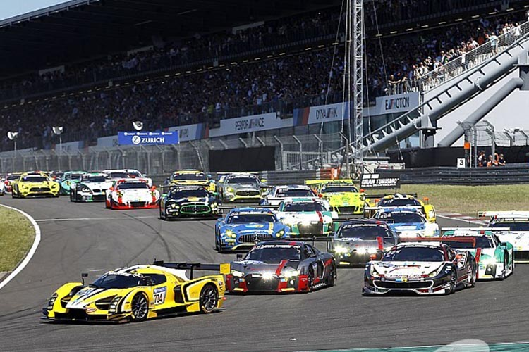 24 Hrs de Nürburgring más de 600 pilotos