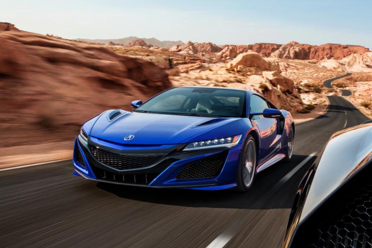 Acura NSX Long Beach Blue 2021 rendimiento