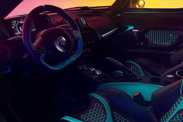 Alfa Romeo 4C Zeus interior