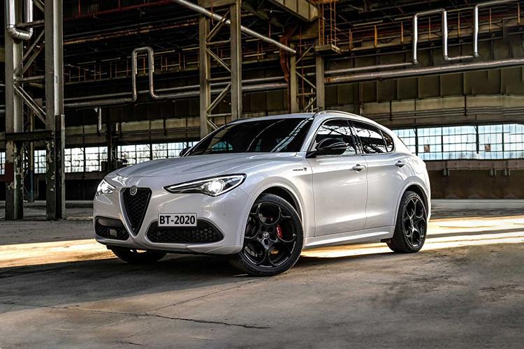 Alfa Romero Stelvio Veloce Ti 2021 innovaciones motor