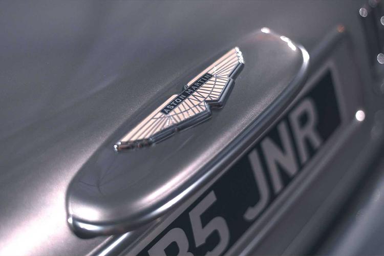 Aston Martin DB5 Junior con 3 modos de manejo