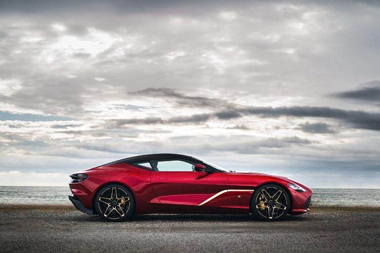 Aston Martin DBS GT Zagato tamaño