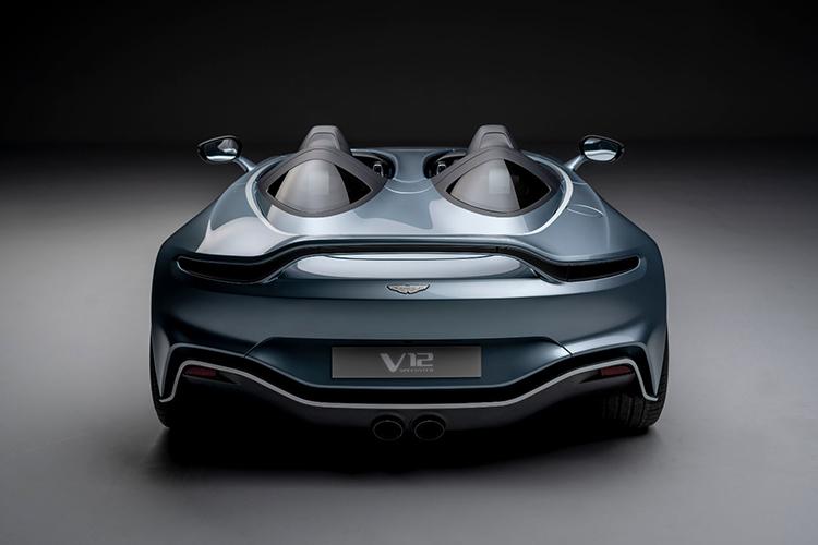 Aston Martin V12 Speedster motor v12