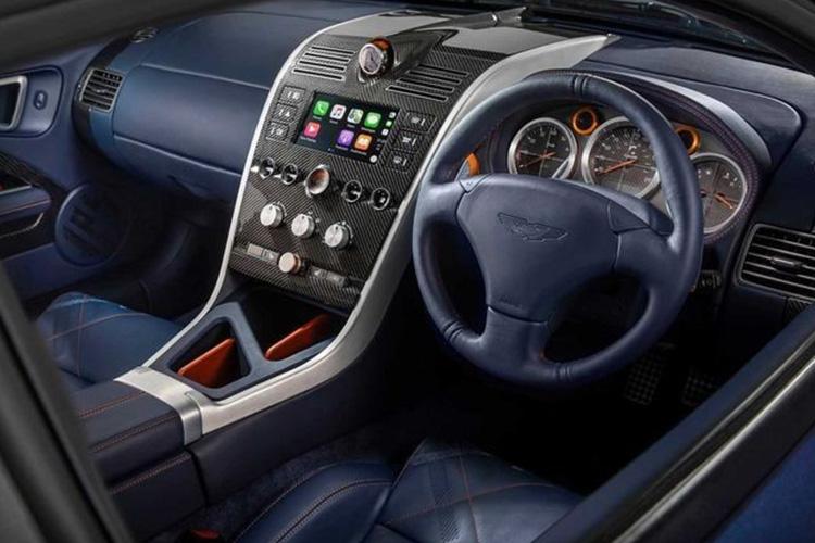 Aston Martin Vanquish 25 velocidad