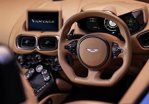 Aston Martin Vantage Roadster cuadro de instrumento