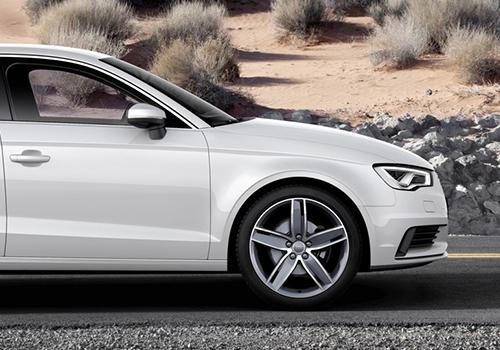 Audi A3 sedán llantas
