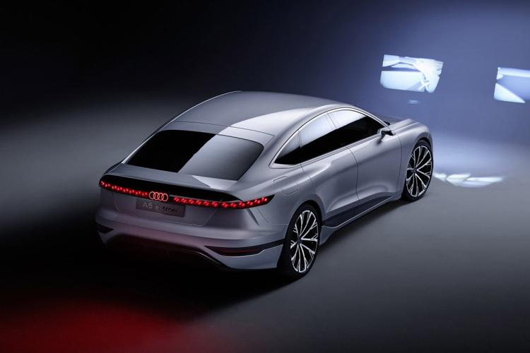 Audi A6 e-tron concept car autos tecnología equipamiento diseño