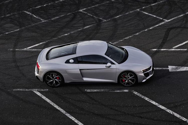 Audi R8 V10 RWD innovaciones motor v10