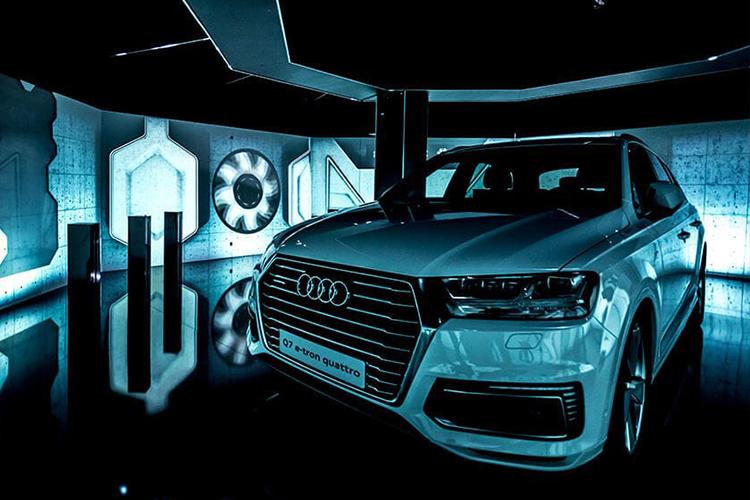 Audi e-tron experiencia en sala de hiperrealidad innovaciones