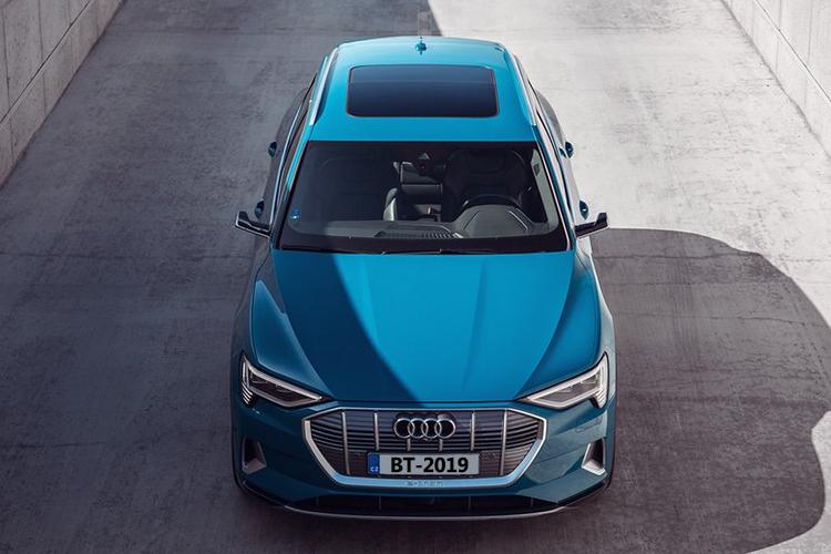 Audi e-tron experiencia en sala de hiperrealidad nuevos modelos