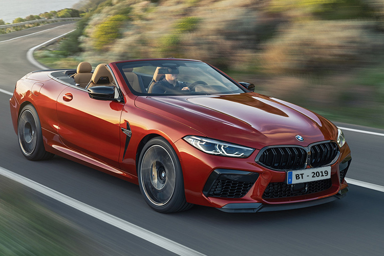 BMW M8 version coupe, convertible, competition