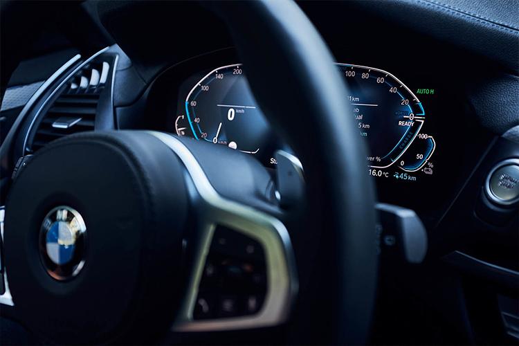 BMW X3 xDrive 30e vehiculo hibrido enchufable