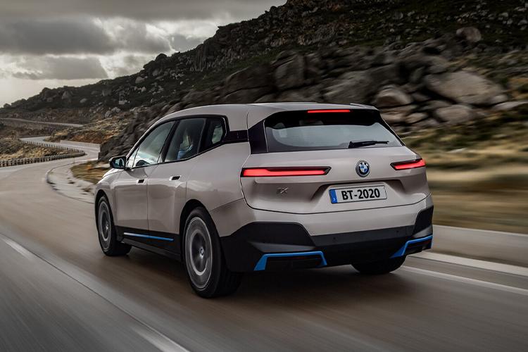 BMW iX 100% eléctrico Presentación Oficial en 2021