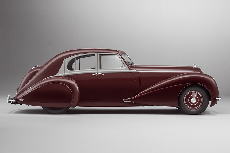 Bentley Corniche centenario de Bentley