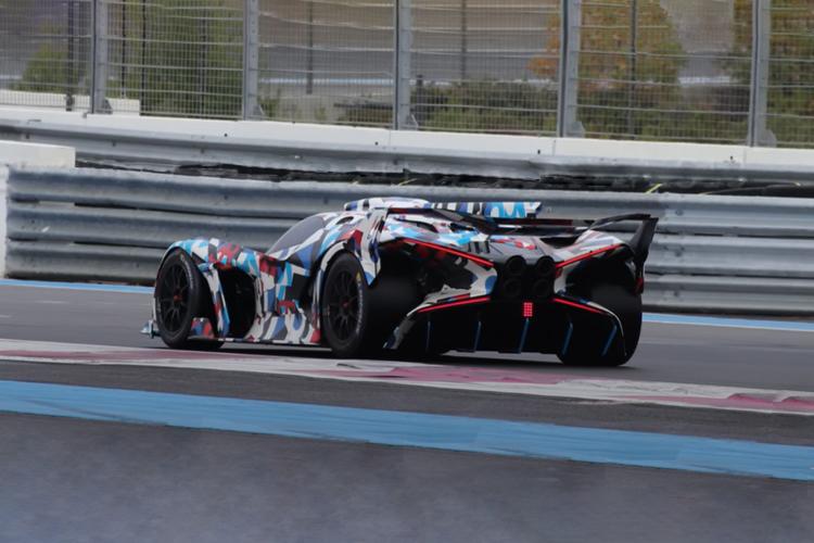 Bugatti lanzará un nuevo hypercar carrocería específica
