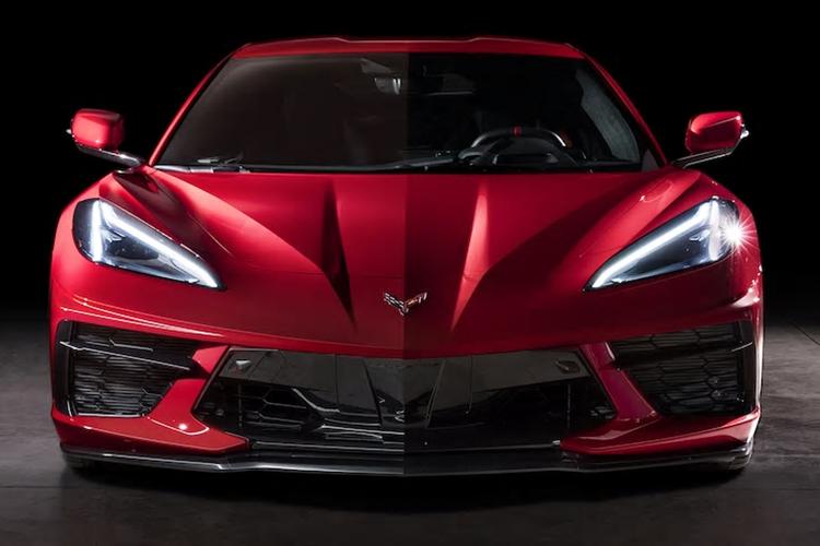 Chevrolet Corvette 2020 vehiculo comparación