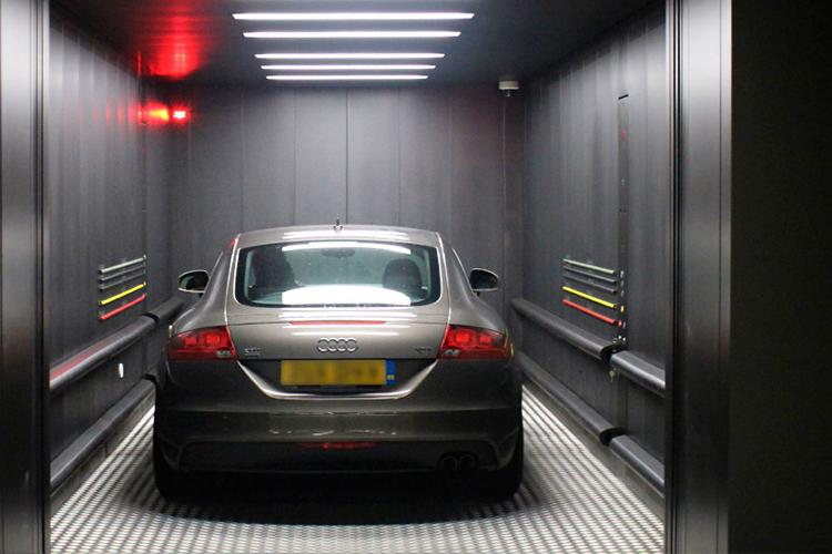 Edificios de lujo con elevador para auto_innovaciones
