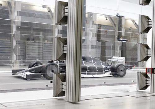 Fórmula 1 prototipo monoplaza en tunel de viento