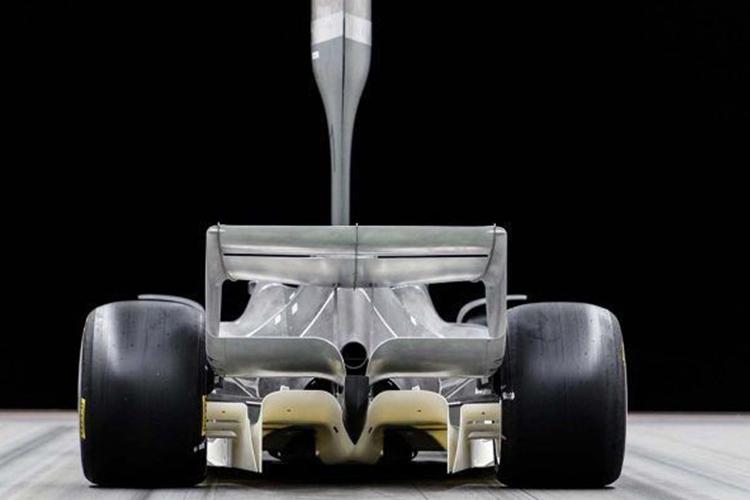Fórmula 1 prototipo neumáticos