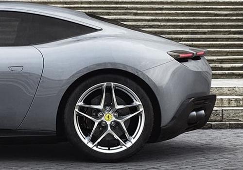 Ferrari Roma modelo alto rendimiento