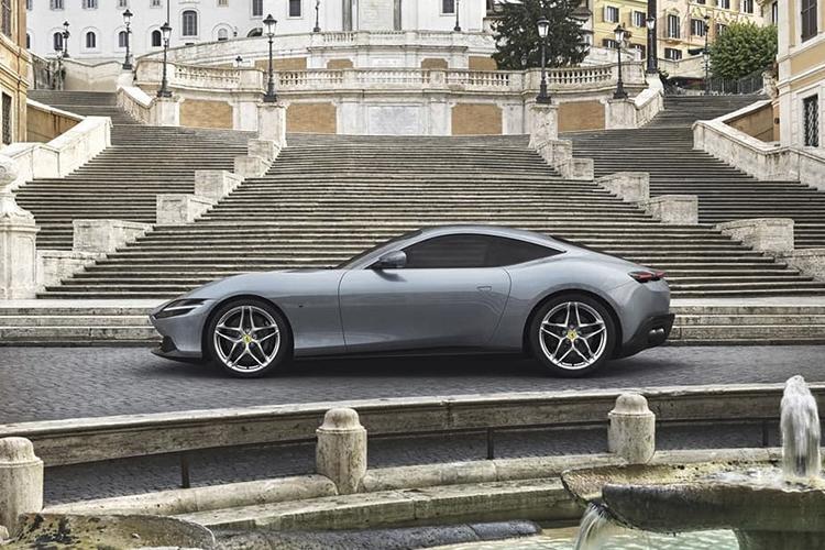 Ferrari Roma motor v8
