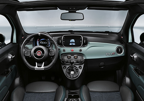 Fiat 500 Hybrid sistema de infoentretenimiento