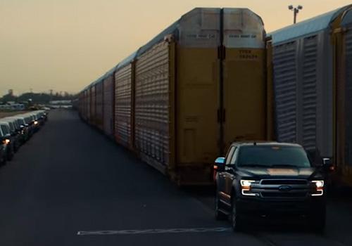 Ford F-150 eléctrico camioneta remolque