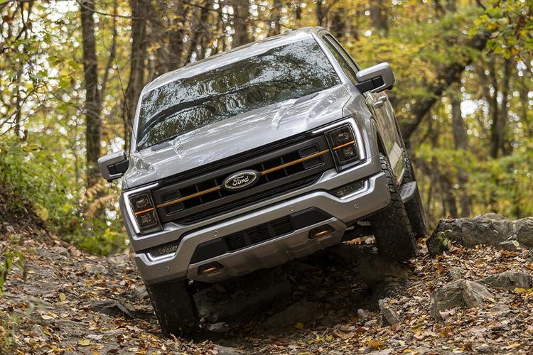 Ford Lobo Tremor equipamiento rendimiento