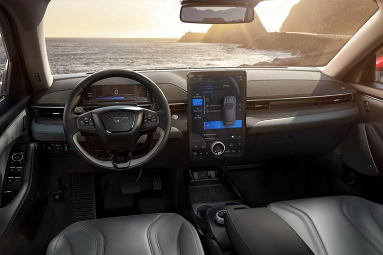 Ford Mustang Mach-E modelo 2021
