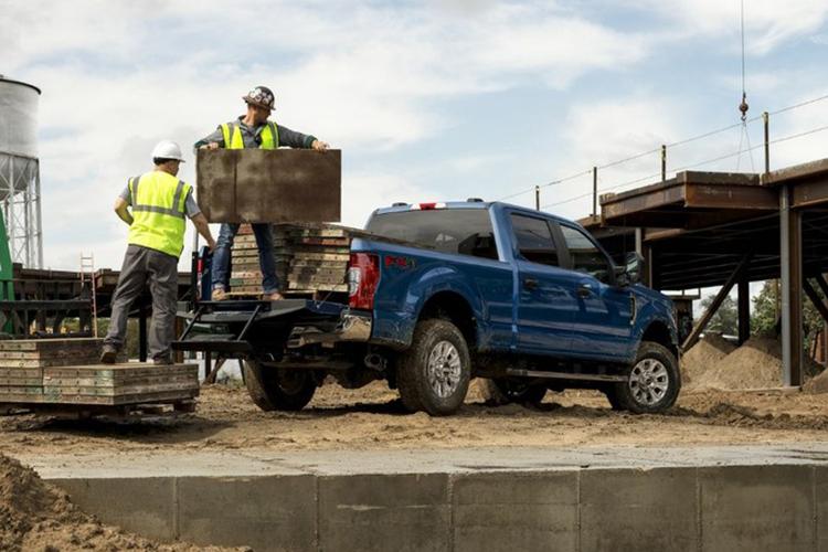 Ford Super Duty con transmisión de 10 velocidades