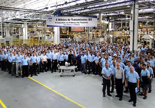 Ford cierra todas sus fábricas en Brasil cinco mil empleos