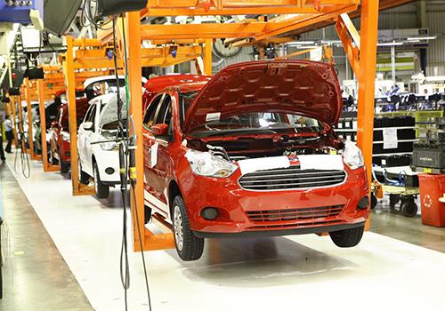 cierra todas sus fábricas en Brasil vehículos