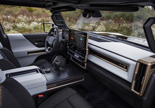 GMC Hummer EV pantalla táctil