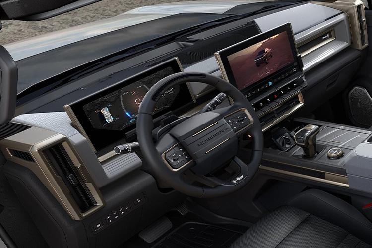 GMC Hummer EV sistema de infoentretenimiento
