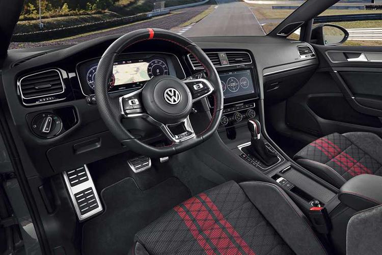 Golf GTI TCR 2019 interior