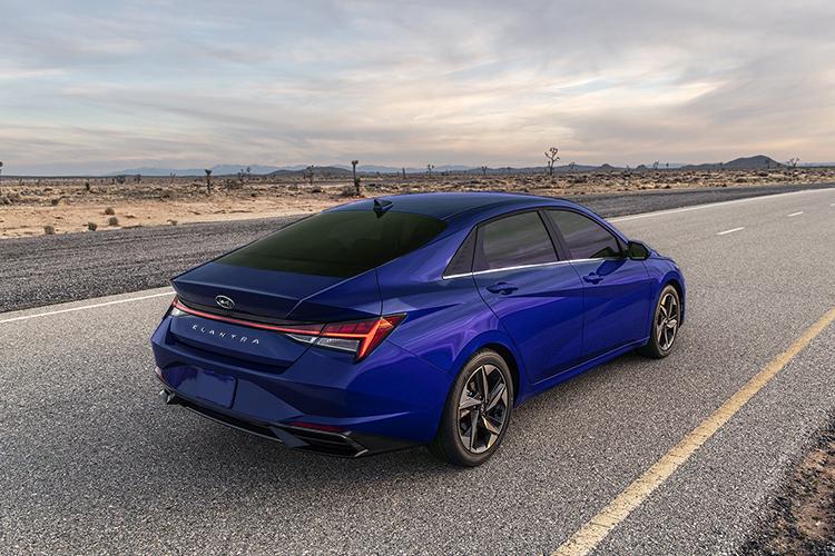 Hyundai Elantra 2021 carrocería