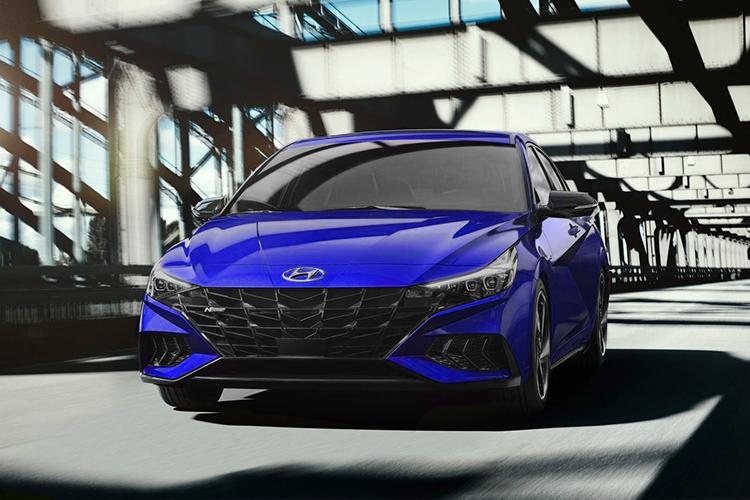 Hyundai Elantra N-Line equipamiento