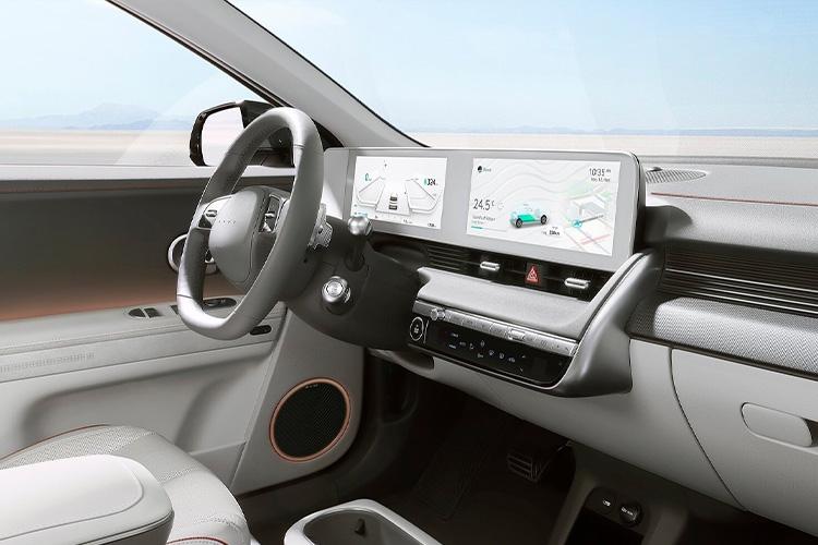 Hyundai Ioniq 5 nuevo totalmente eléctrico interior sistema de infoentretenimiento