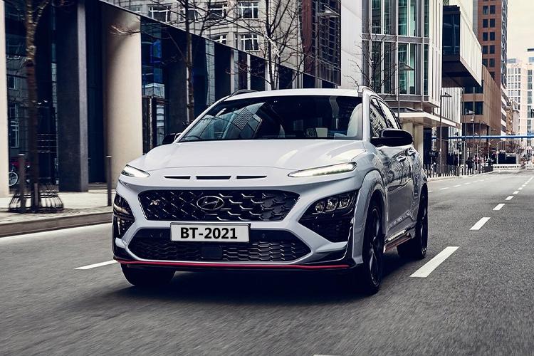 Hyundai Kona N deportivo equipamiento tecnologia desempeño acabados