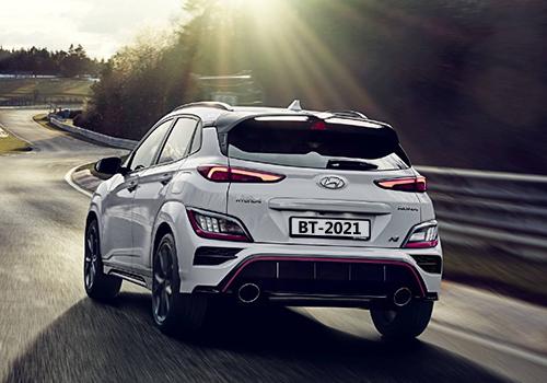 deportivo suv diseño tecnología SUV acabados innovaciones desempeño tomas de aire