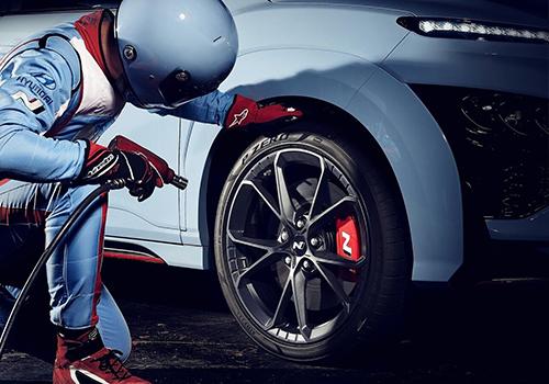 deportivo suv equipamiento diseño tecnología carrocería head-up display
