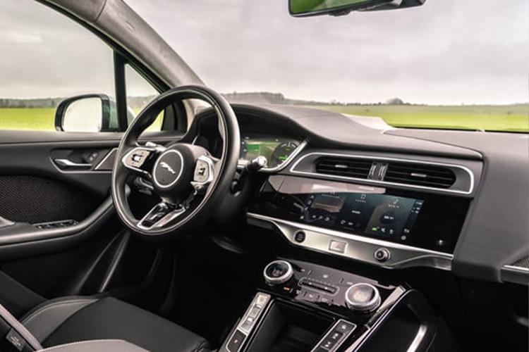 Jaguar I-Pace 2022 actualizado y tecnológico sistema de infoentretenimiento interior acabados