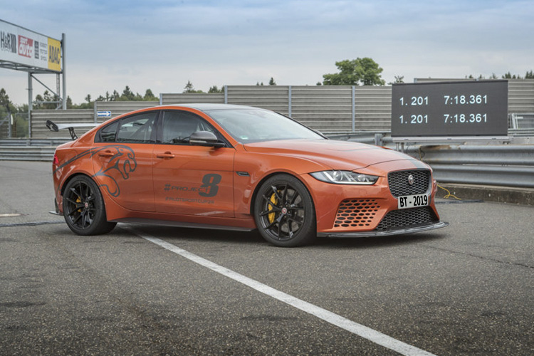 Project 8 vehiculos limitada a 300 unidades