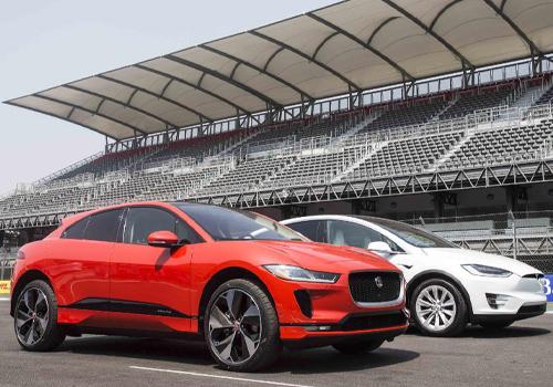todos sus autos en totalmente eléctricos para 2025 modelos JLR de hidrógeno