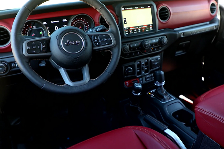 Jeep Wrangler Rubicon 392 interior
