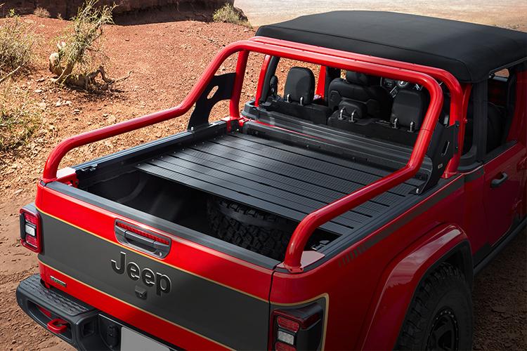 Jeep diseña concept cars para Easter Jeep Safari Jeepster Beach carrocería desempeño equipamiento