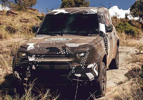 Land Rover Defender 2020 todo terreno lluvias y desierto