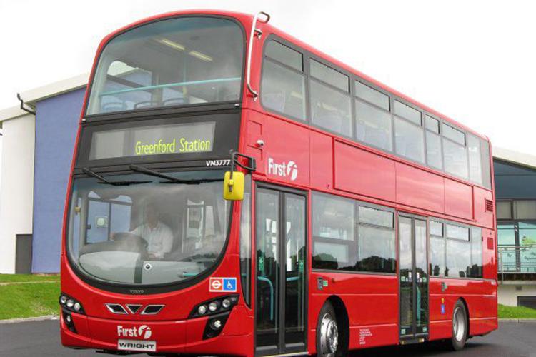 Londres busca para 2037 que todos sus autobuses sean electricos