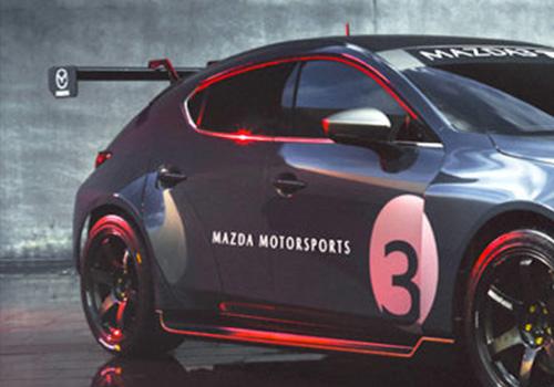 Mazda 3 TCR vehiculo